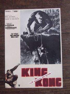 King Kong, Spanish Advert, Kong pulls Fay Wray to safety, circa 60s